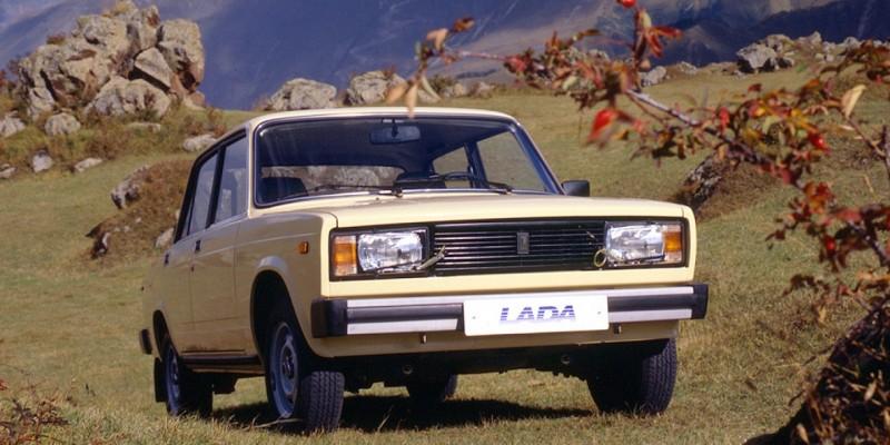 5 des pires voitures des années 1980