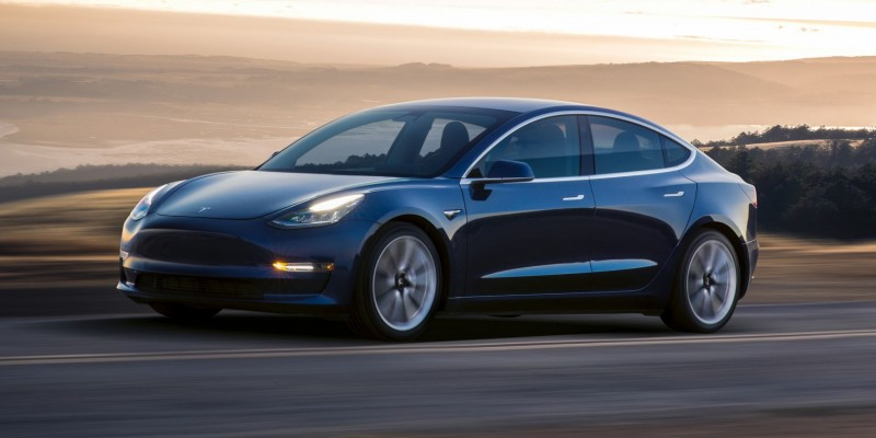 10 choses à savoir sur la Tesla Model 3