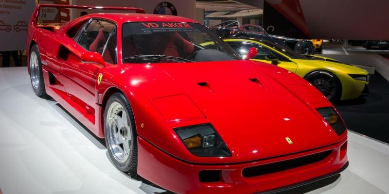 5 voitures qui ont 30 ans cette année.