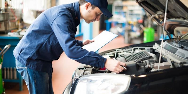 Etes-vous obligé d'effectuer l'entretien de votre voiture neuve chez votre concessionnaire ?