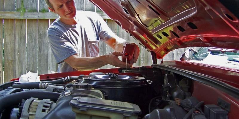 Les causes d'une surconsommation d'huile moteur